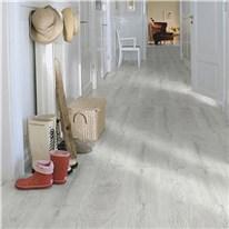 Klicka här för att gå till Laminatgolv Pergo Domestic Extra Classic Plank Furu Silver 1-Stav