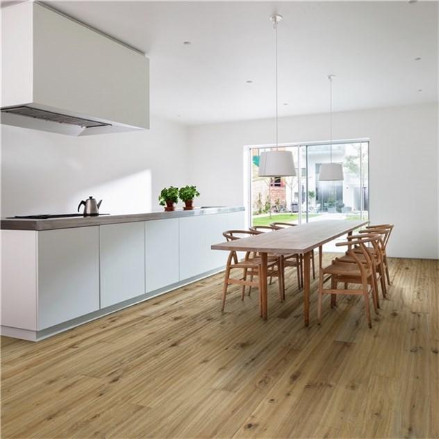 tr golv k hrs m re gr brun naturoljad ek 1 stav. Black Bedroom Furniture Sets. Home Design Ideas