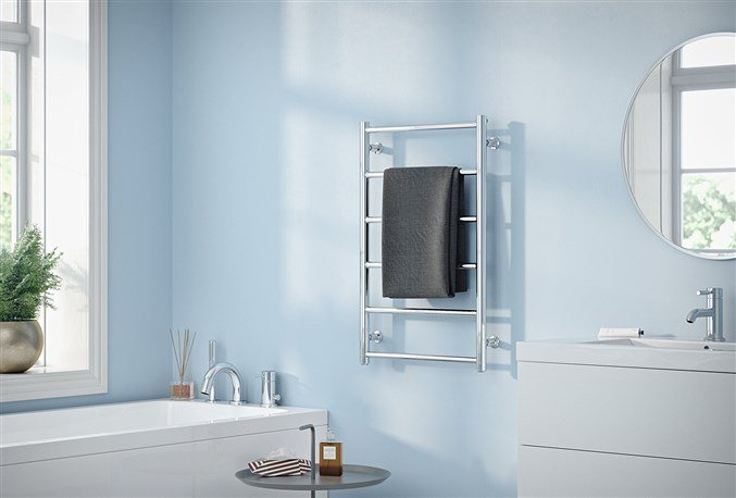Badrumsmöbler Erbjudande: Vidaxl badrumsm?bler med handfat och kran.