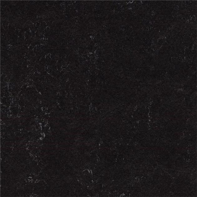 linoleumgolv forbo marmoleum click raven 60x30 cm. Black Bedroom Furniture Sets. Home Design Ideas